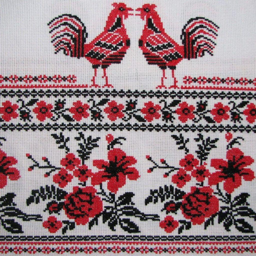 Вышиваем крестиком главные символы России в честь праздника