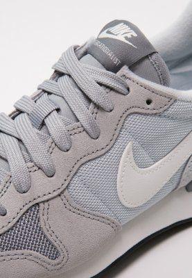 on sale d0f3c f79cb ... Nike Sportswear INTERNATIONALIST - Trainers - wolf greysummit whitepure  platinumcool ...