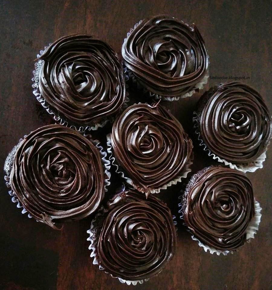 SinFoodie : For the love of Cooking: Beetroot and Chocolate Cupcakes