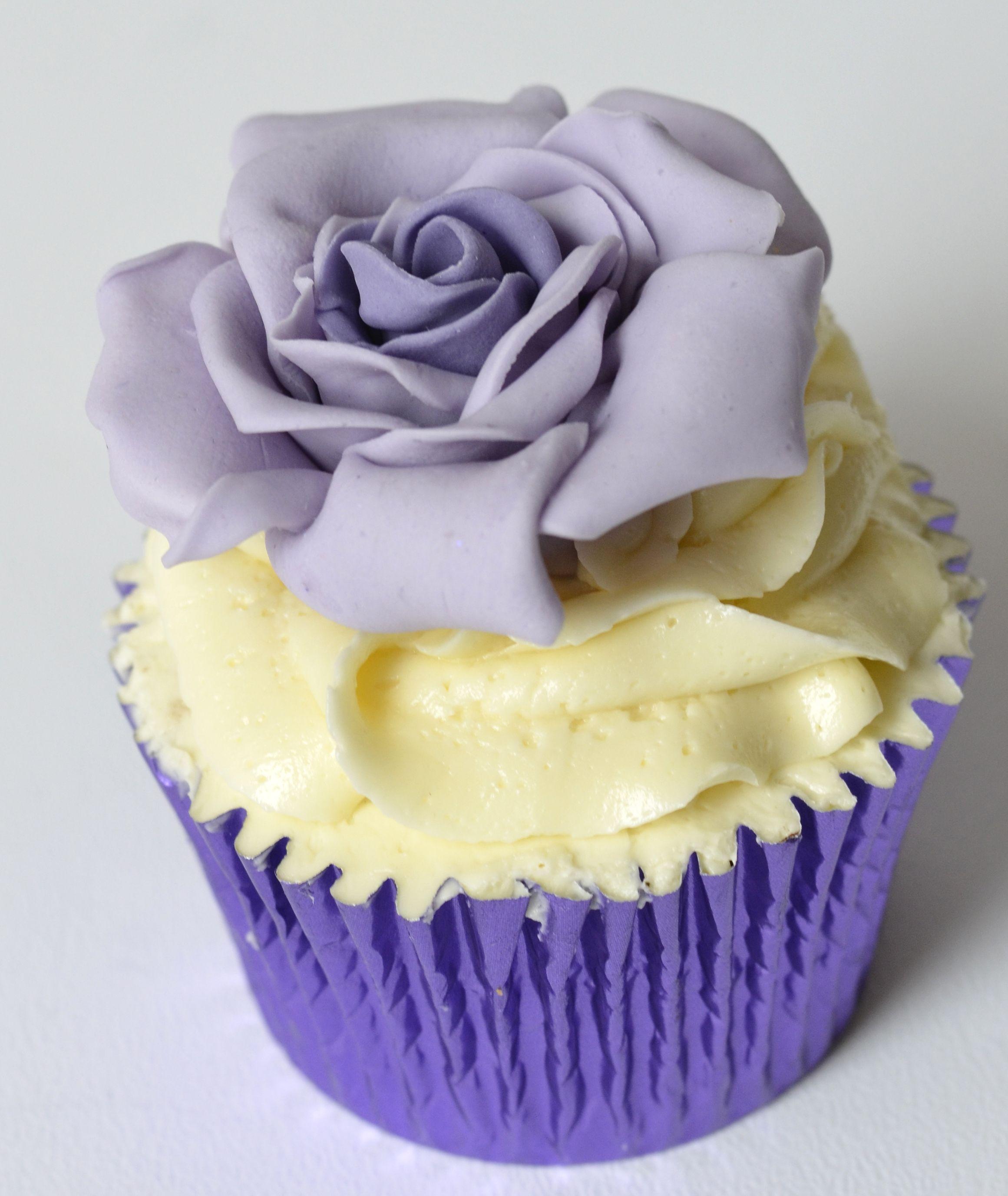 single cupcakes - Google Search | Fancy cupcakes, Cupcake ...