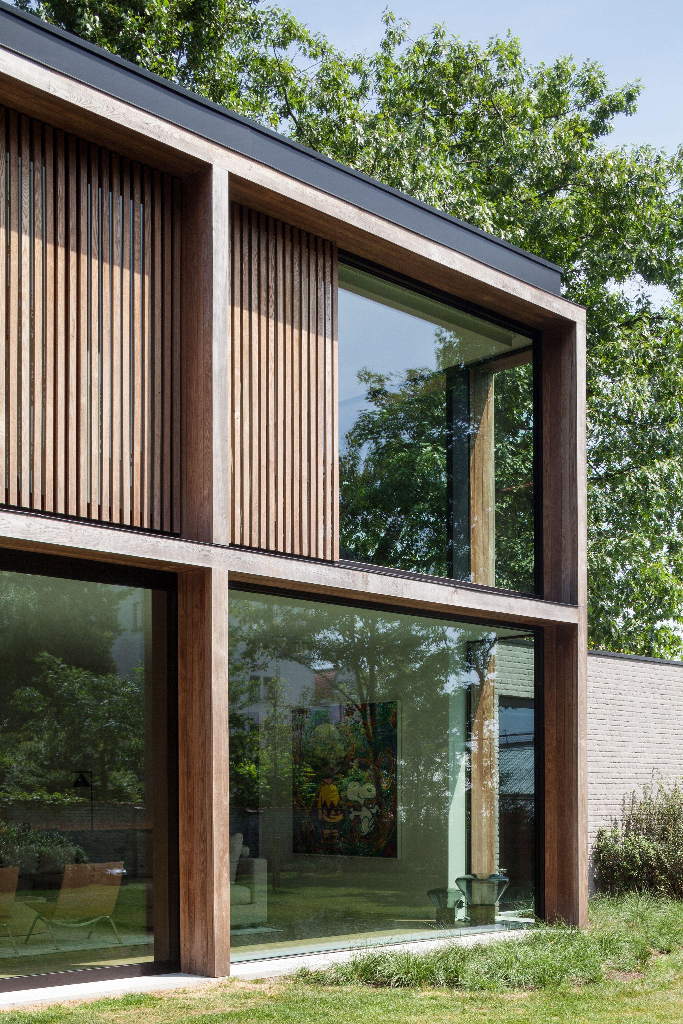 Light Filled Contemporary Living Rooms: Steven Vandenborre Creates Light-filled Extension For
