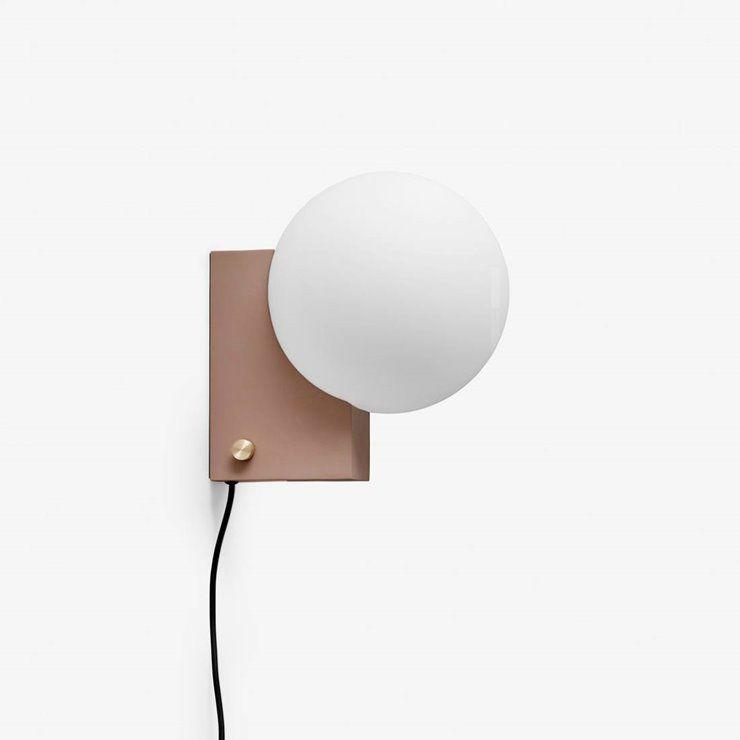 Journey Lampe A Poser Ou Applique Murale Verre Opalin L26cm Terracotta Tradition Designe Par Signe Hitte In 2020 Traditional Wands Wall Lights