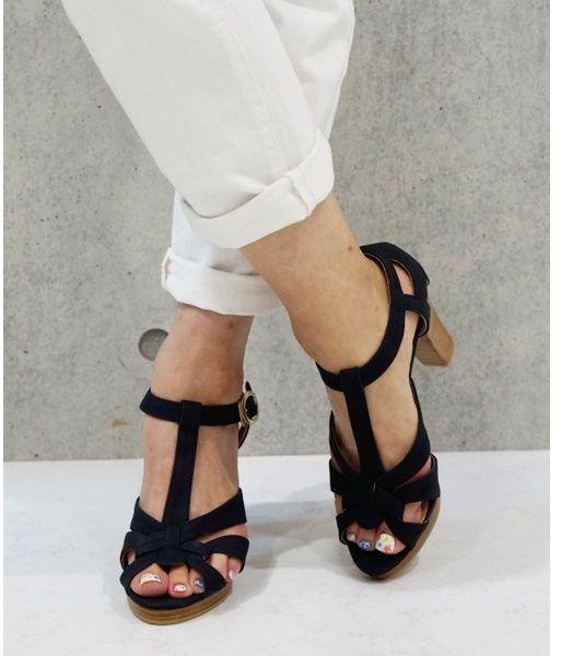簡単サンダル靴擦れ防止法