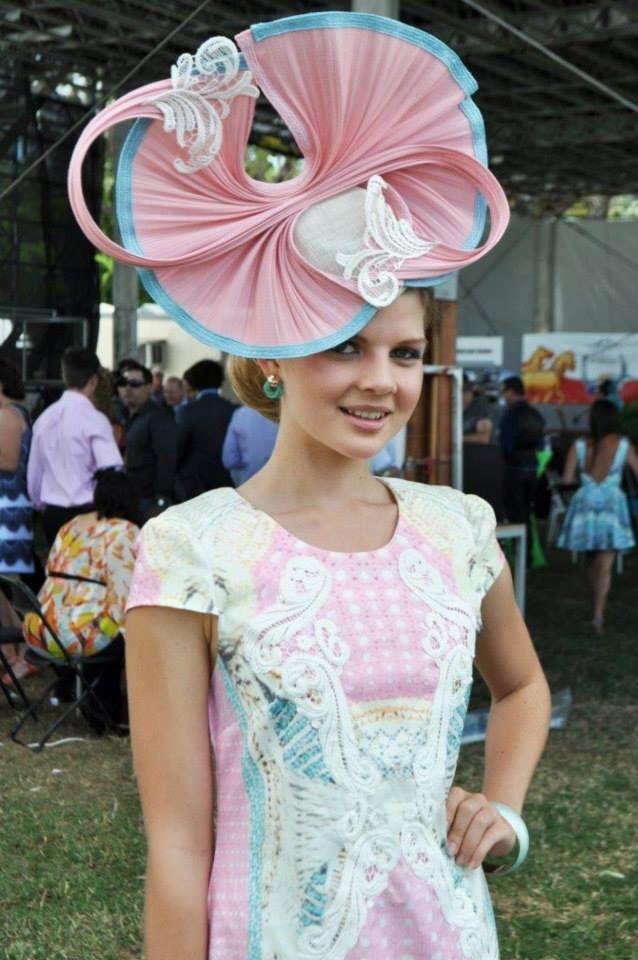 Race day outfit, races dress, races hat