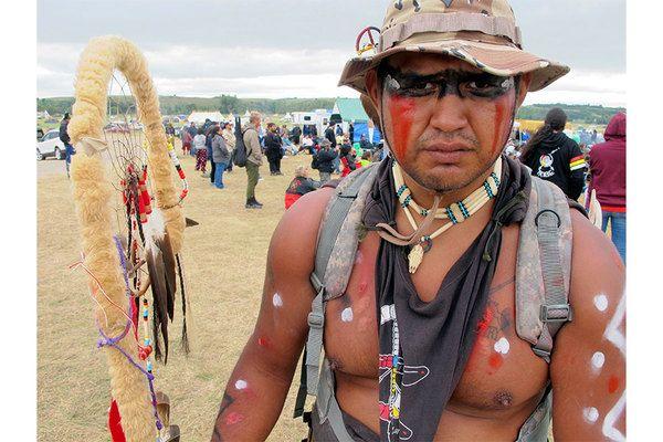 Oil Pipeline Protests In North Dakota Draw Native Americans Celebrities Native American Protest Standing Rock Dakota Pipeline