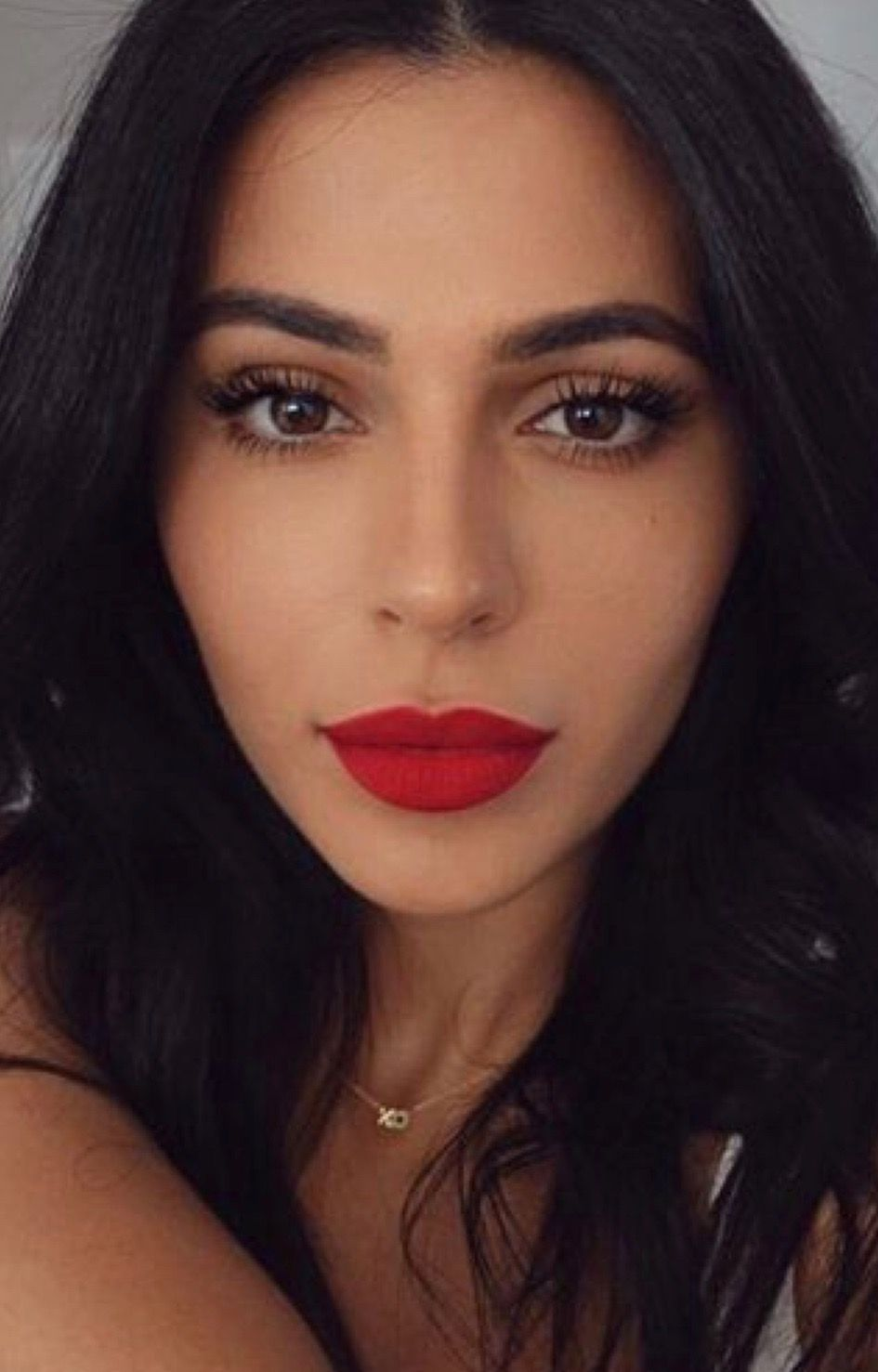 Full Brows Glam Eyes Red Lips Smokey Eyes Bold Lipstick And