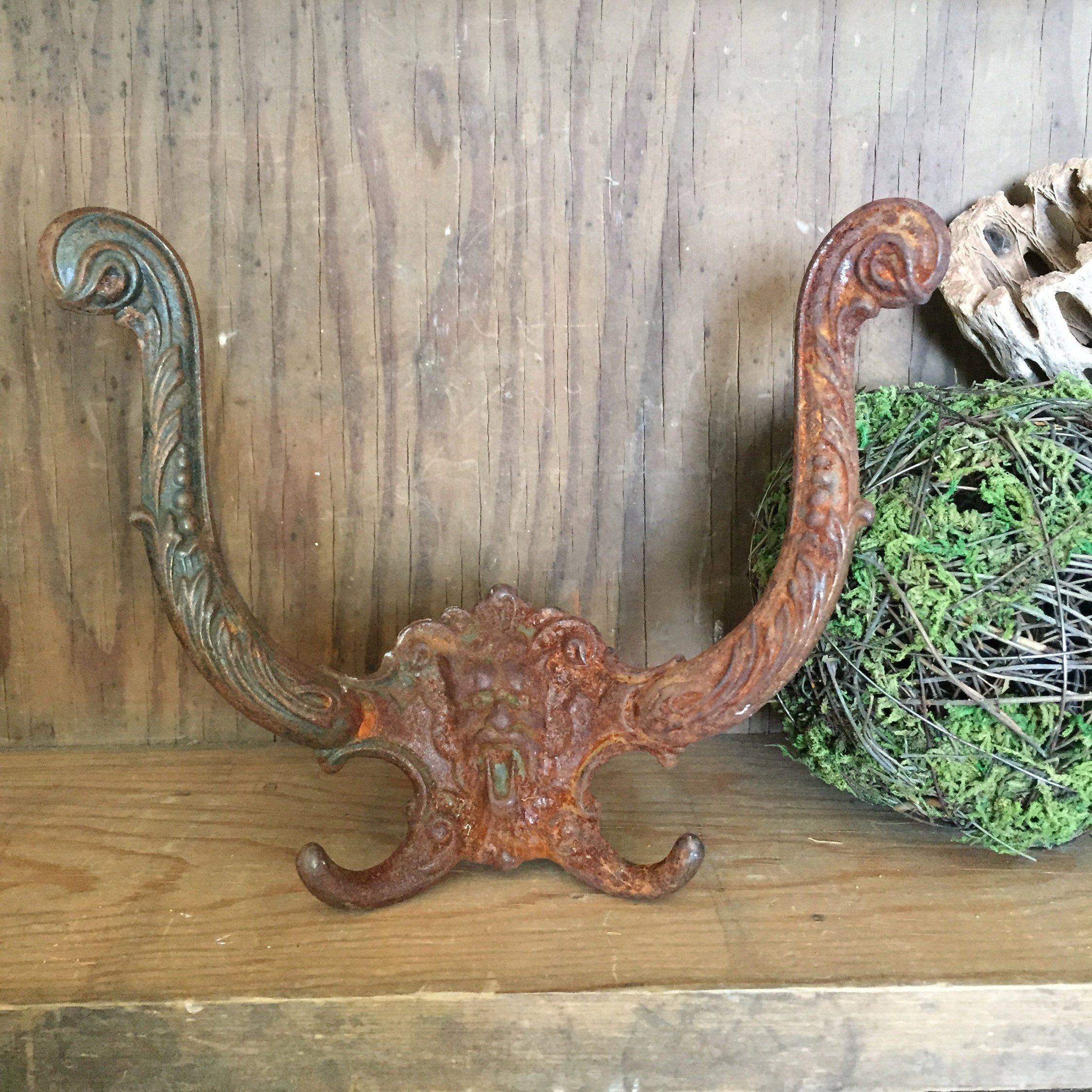 Vintage And Rusty Double Coat Hook Farmhouse Victorian Hall Tree Towel Hook With Face Patina Modern Industrial Large H Victorian Hall Trees Vintage Towel Hooks