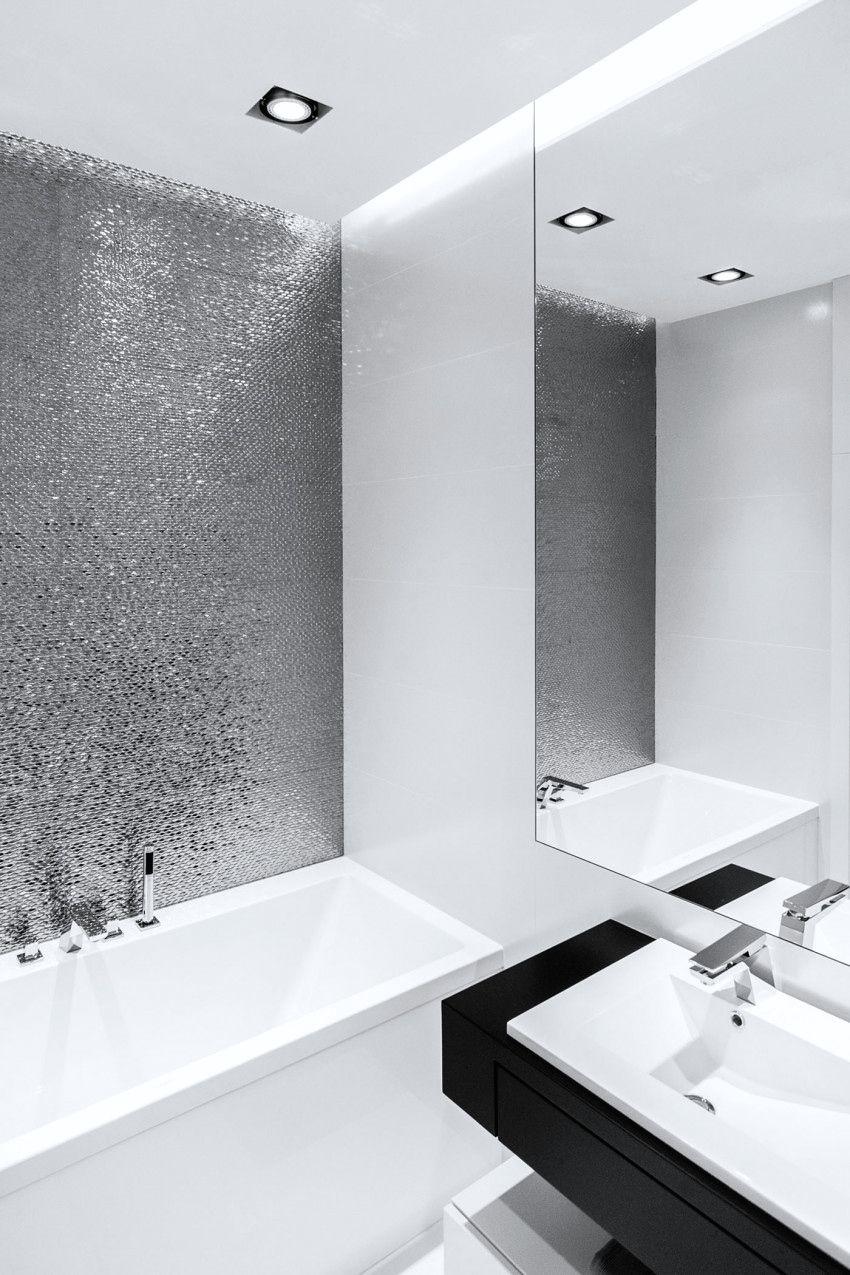 Pin Von Christina Paulsen Auf Badezimmer Mit Bildern Minimalistische Wohnung Badezimmerideen Badezimmer Fliesen