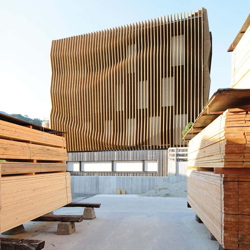 modus architects damiani holz ko office building designboom - broken design holzmobel