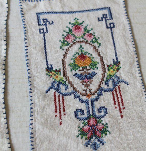 Vintage Dresser Scarves Embroidered Doilies Vintage