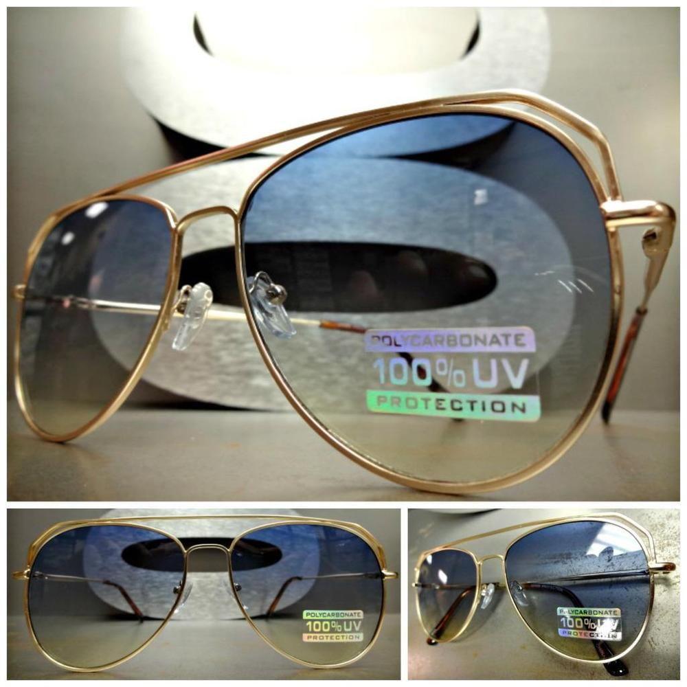 Óculos feminino com proteção UV - R$ 140,00