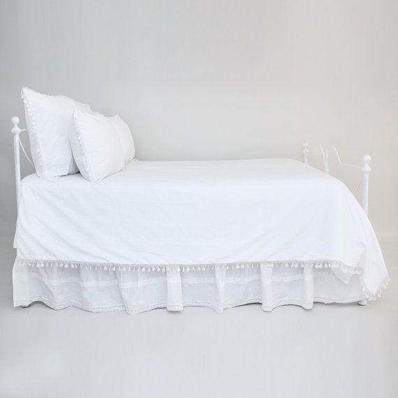 SHABBY CHIC couette blanche couverture jolie Fan par CloudHunterCo