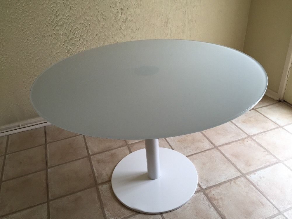 Habitat Umi 110cm White Glass Topped Dining Table Glass Dining