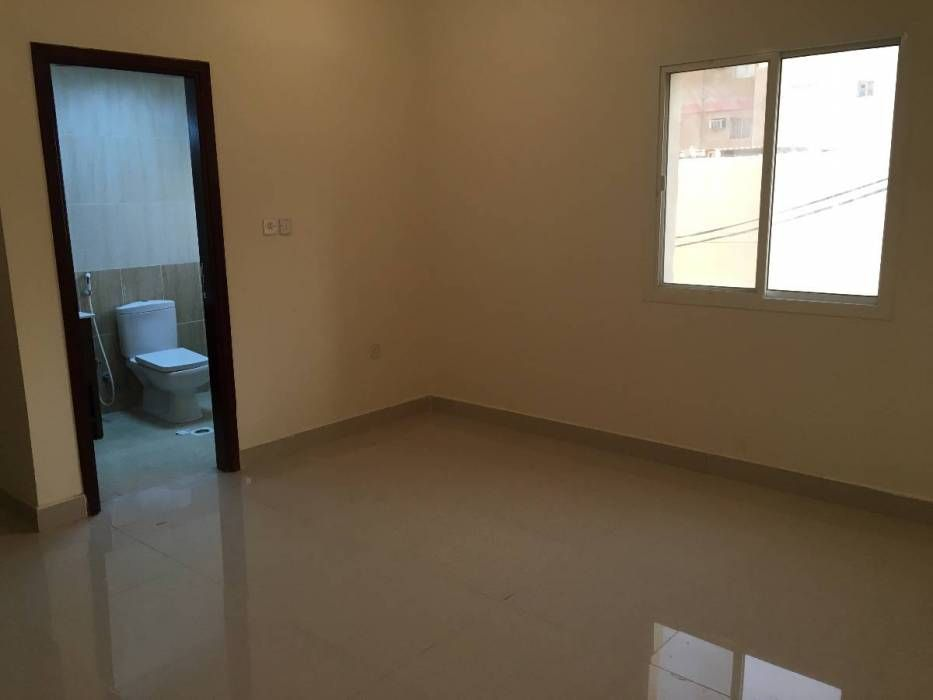 Fully Furnished Executive Bachelor Room Rent At Doha Jadeed And Old Airport In Labour Room On Qatar Arabsclassifieds Bachelor Room Furnishings Room