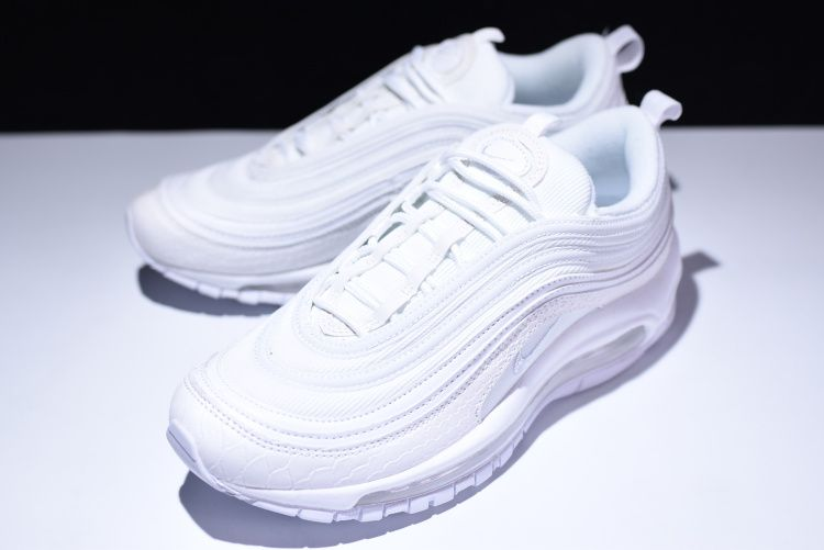 new styles 38440 1adab nike hvite joggesko Air Max 97 Ultra 17 fra Nike Sportswear. Air-Sole  demping
