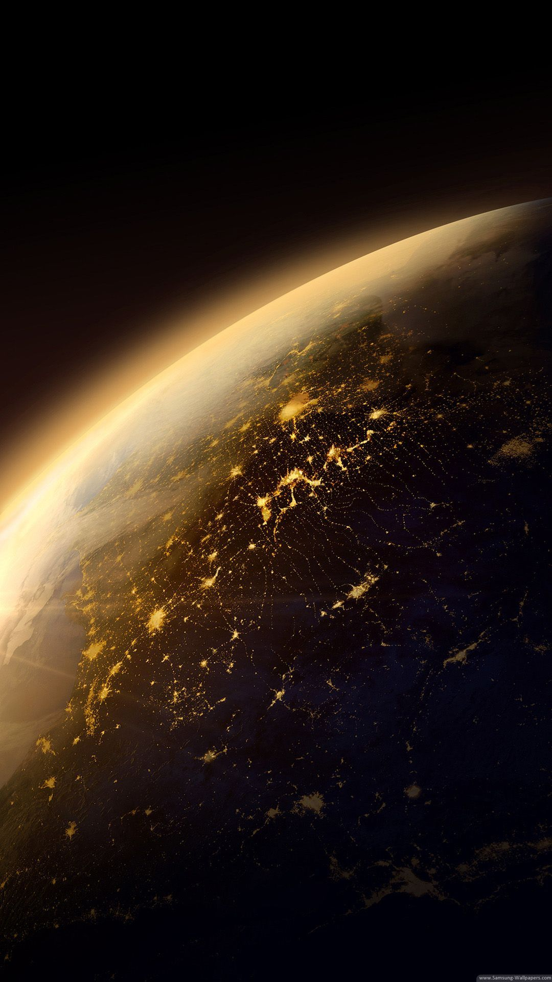 Beautiful Iphone Earth Wallpaper Hd Download Images In 2020 Gold