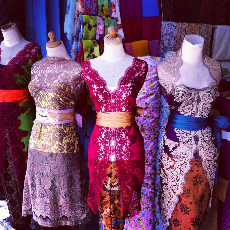 Marché des #dentelles en Indonésie. #lace #fabric #market #lndonesia