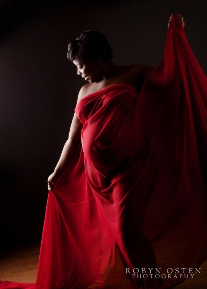 Dramatic Maternity Photo - Washington DC pregnancy photographer