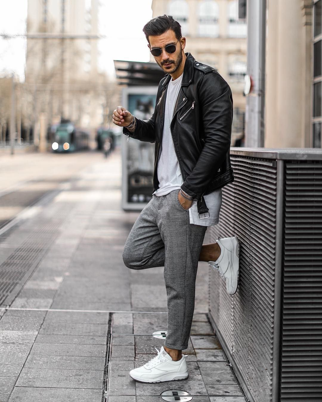 1 713 Likes 64 Comments Fashion For Men Lifestyle Fbysam On Instagram Bon Week End A Tous Retrouvez Best Man S Outfit Poses For Men Mens Outfits