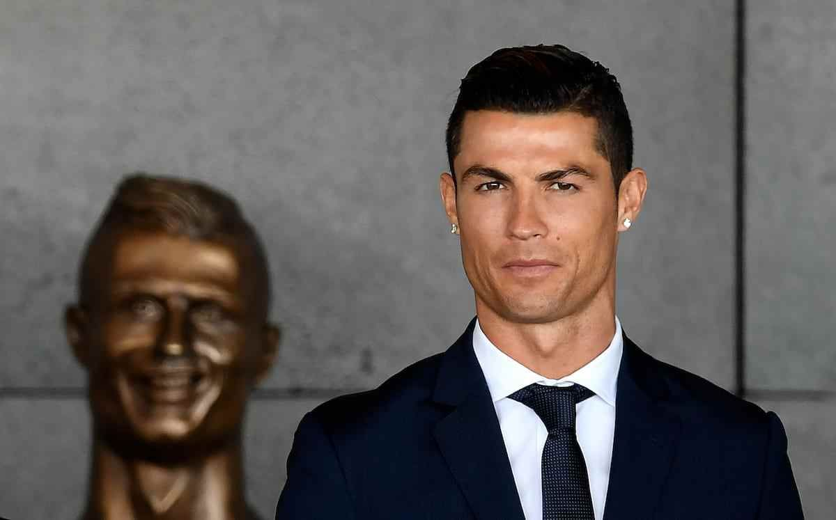 People Are Working Their Photoshop Magic With That Sh-t Cristiano Ronaldo Head