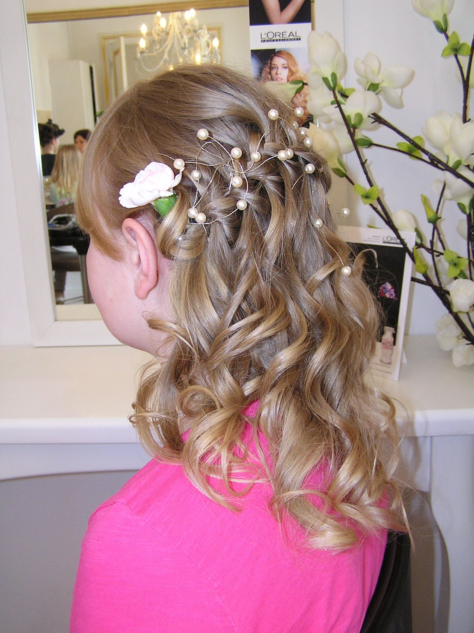 średnie Gęste Włosy Fryzury Komunijne Fryzury I Włosy