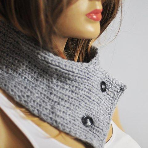 #etsyshop #etsy #cowl #chunky #etsyfind #etsyfinds #follow #tagsforlikes #handmade #handknit #knit