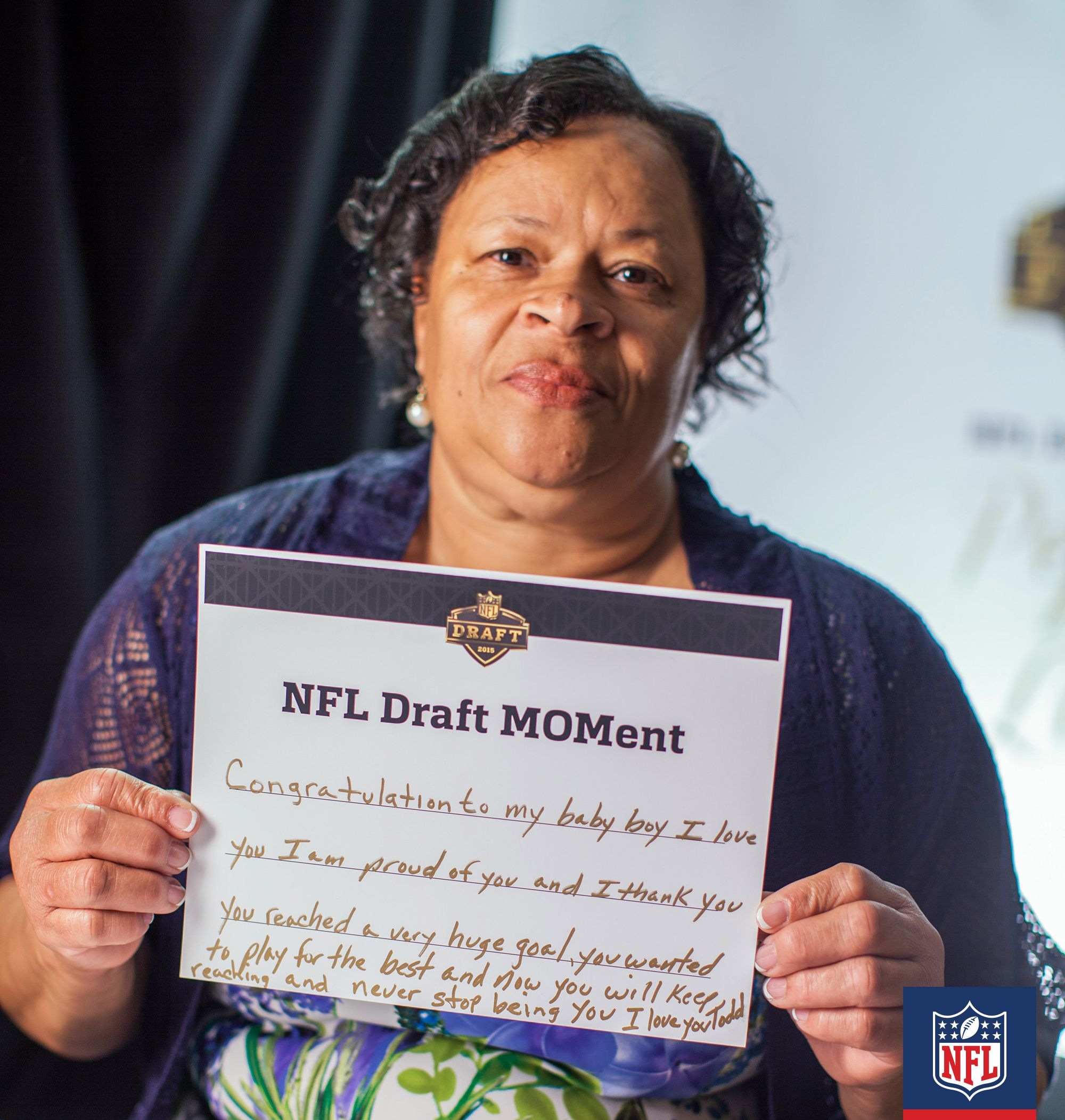 New St Louis Rams Rb Todd Gurley Can Focus On Making The City Of St Louis Proud As It S Clear Mama Darlene Is Alr Nfl Players Pep Talks Nfl Football Players
