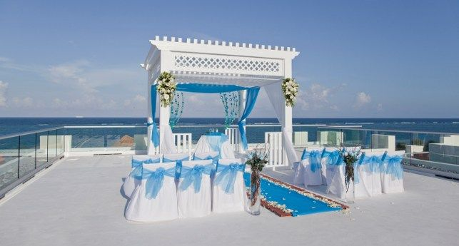 Azul Beach Hotel Sky Wedding Surrounded By The Azure Sea And