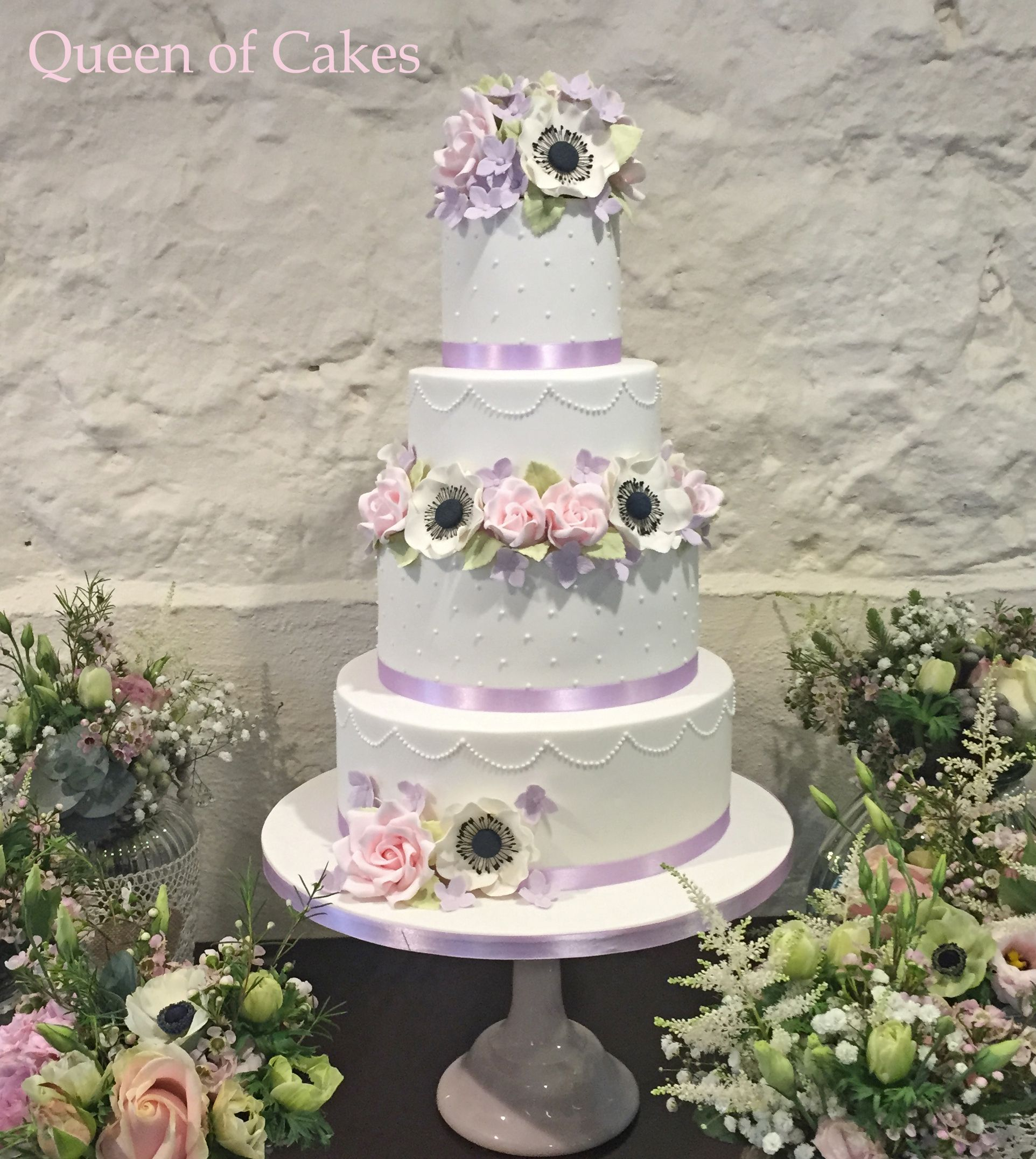 The Gwen Wedding Cake at Pencoed House Estate, Cardiff Roses ...