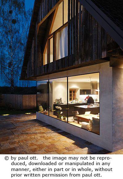 haus p paul ott photografiert architecture moderntradition in 2019 haus bauernhaus und. Black Bedroom Furniture Sets. Home Design Ideas