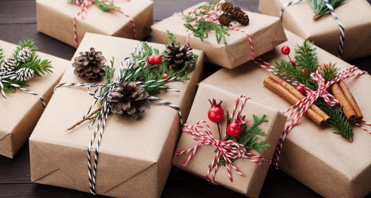 nachhaltige verpackung weihnachten geschenk braunes kraftpapier #christmas #pres…