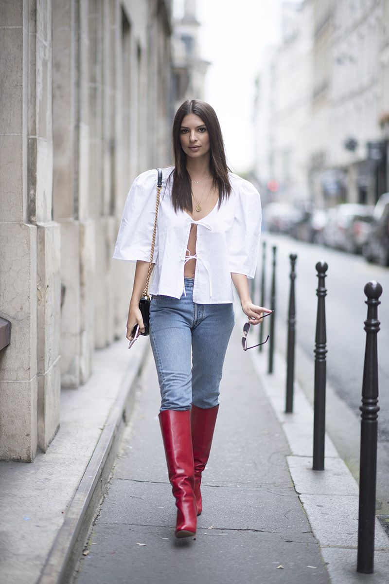 86f1a41423 Emily Ratajkowski s Evening Outfit Formula Is So Easy To Pull Off. Emily  Ratajkowski Paris Fashion Week Red Boots