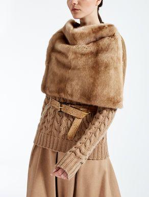 Coprispalle in visone e lana | Gilet di pelliccia, Pelliccia