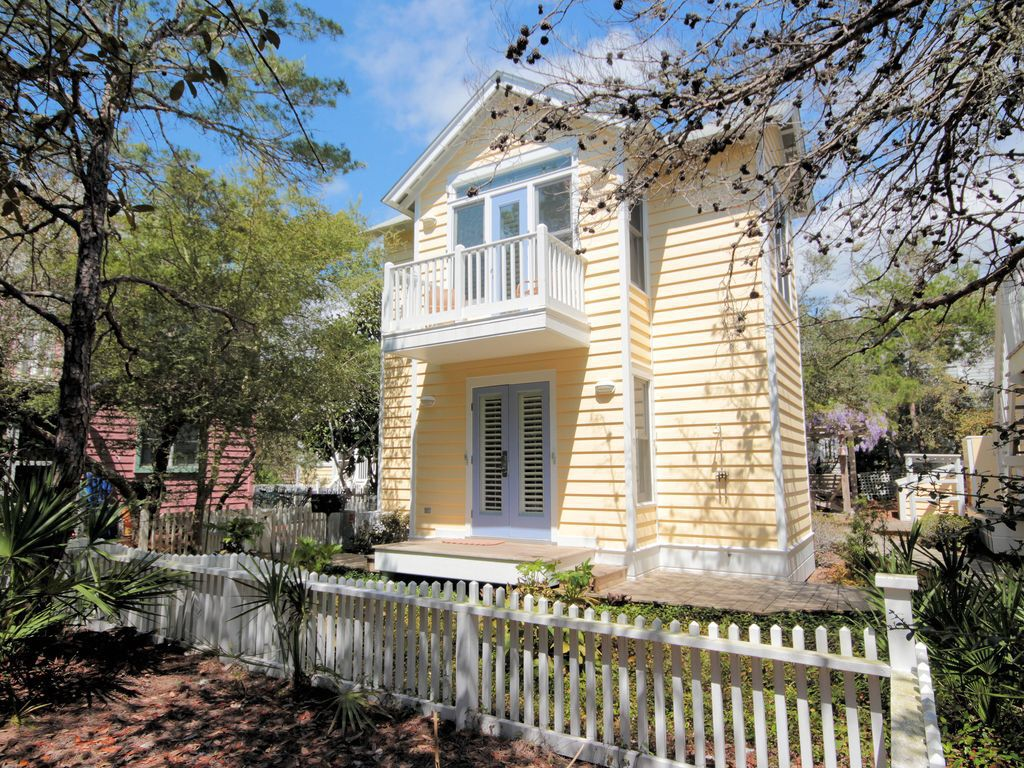 Check out this great vacation rental I found on the VRBO ...