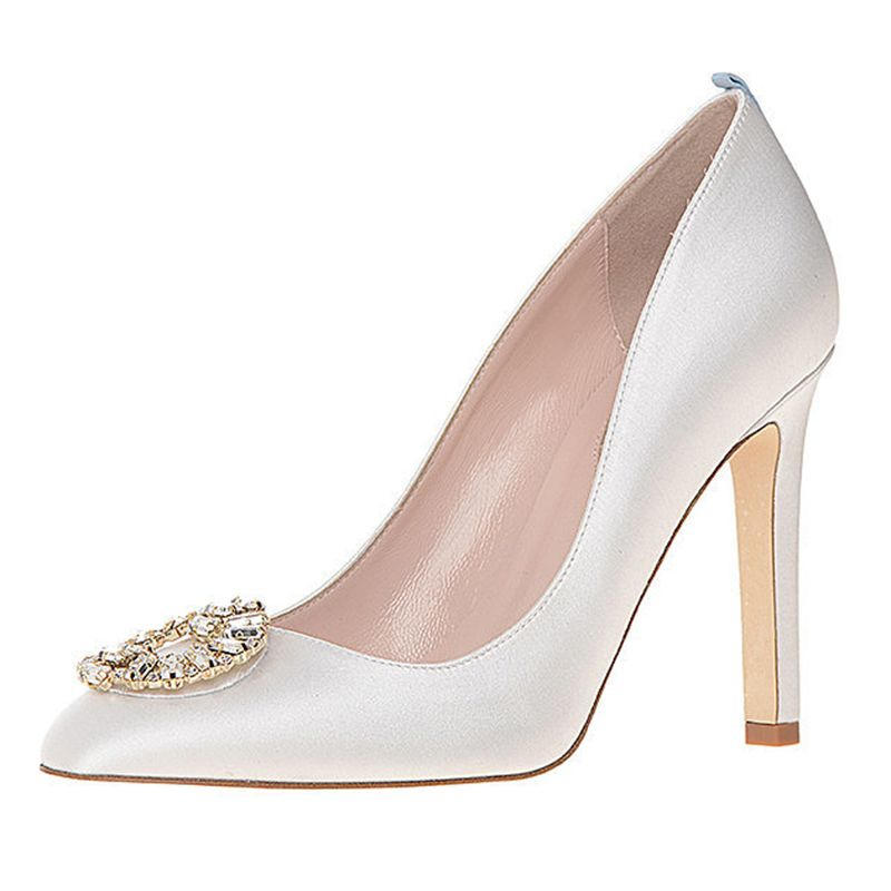 First Look Sarah Jessica Parker Debuts Bridal Shoe Collection