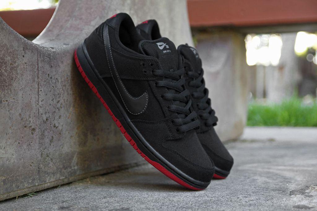 Nike Dunk Jeans En Denim Noir Faible Levis meilleur gros Ti9L3BN