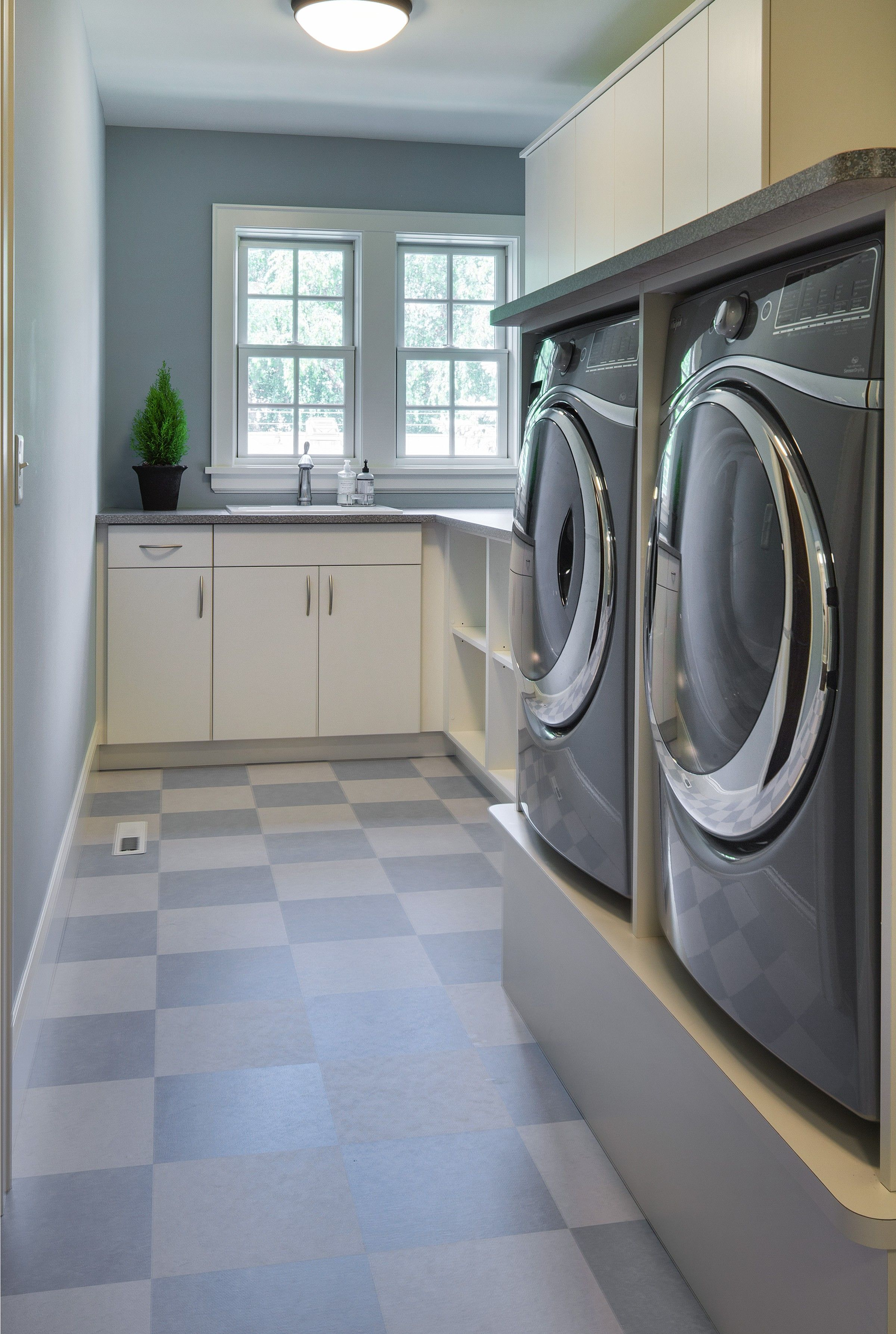 Laundry Room Marmoleum Mct Checkerboard Flooring Can Be