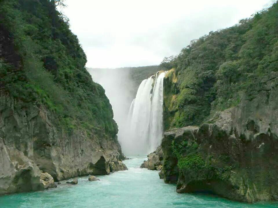 Cascada de Tamul en San Luis Potosí #Aventura #Natural #Mexico