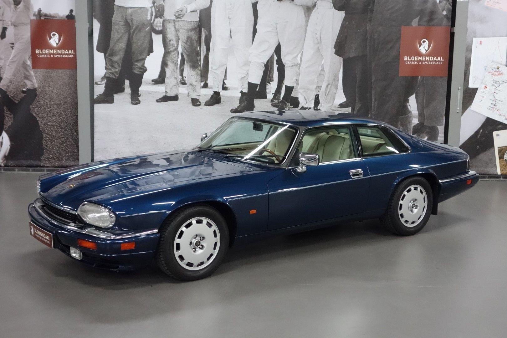 jaguar xjs coup 4 0 bloemendaal classic sportscars jaguar rh pinterest com