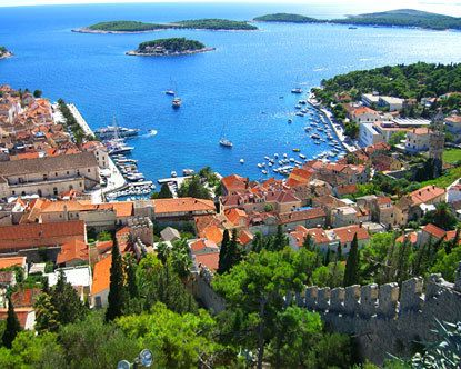 I have heard nothing but wonderful things about Croatia.  It's beautiful, it's cheap, it's BEAUTIFUL.  I want to go to more places like Croatia because it is one of those countries that has been conquered by absolutely EVERYONE, so the culture is a rich melting pot of wonderful.  As is the food.