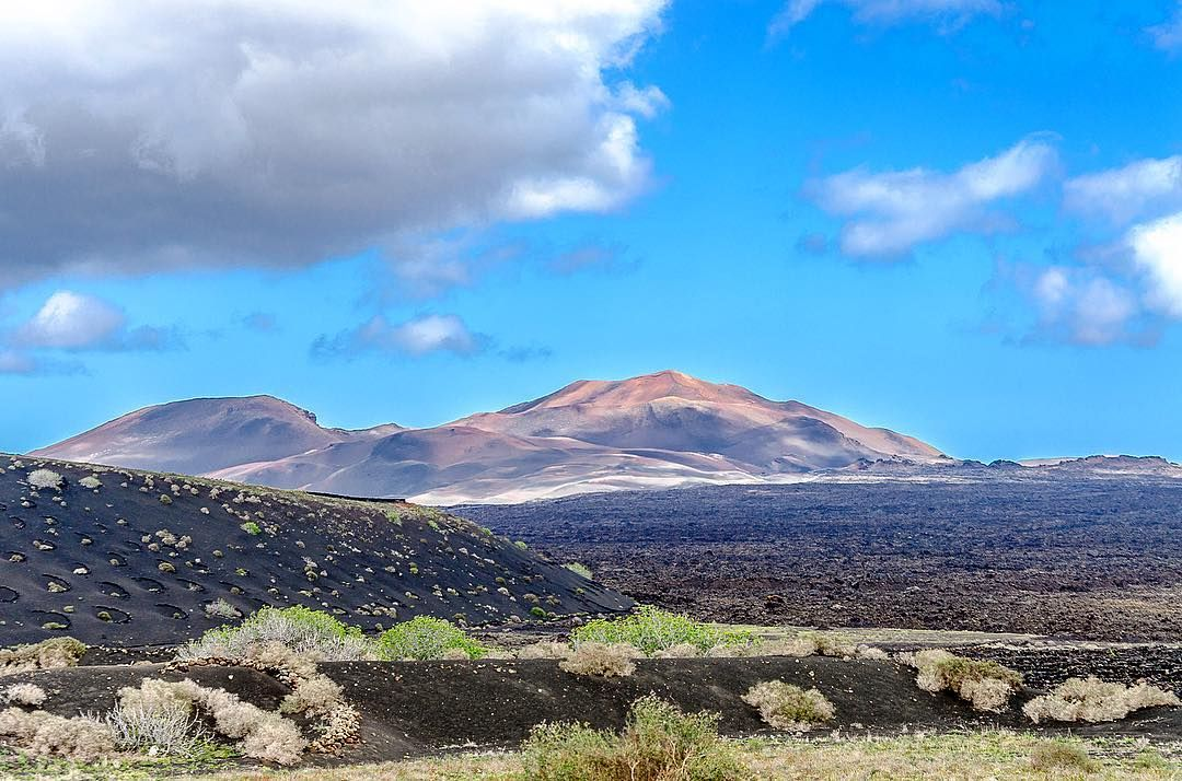 Montañas Del Fuego Volcano Bluesky Clouds We Love Lanzarote Paradise And Show You The Beautiful Canarias Summer Be Happy And Have Fun With Your