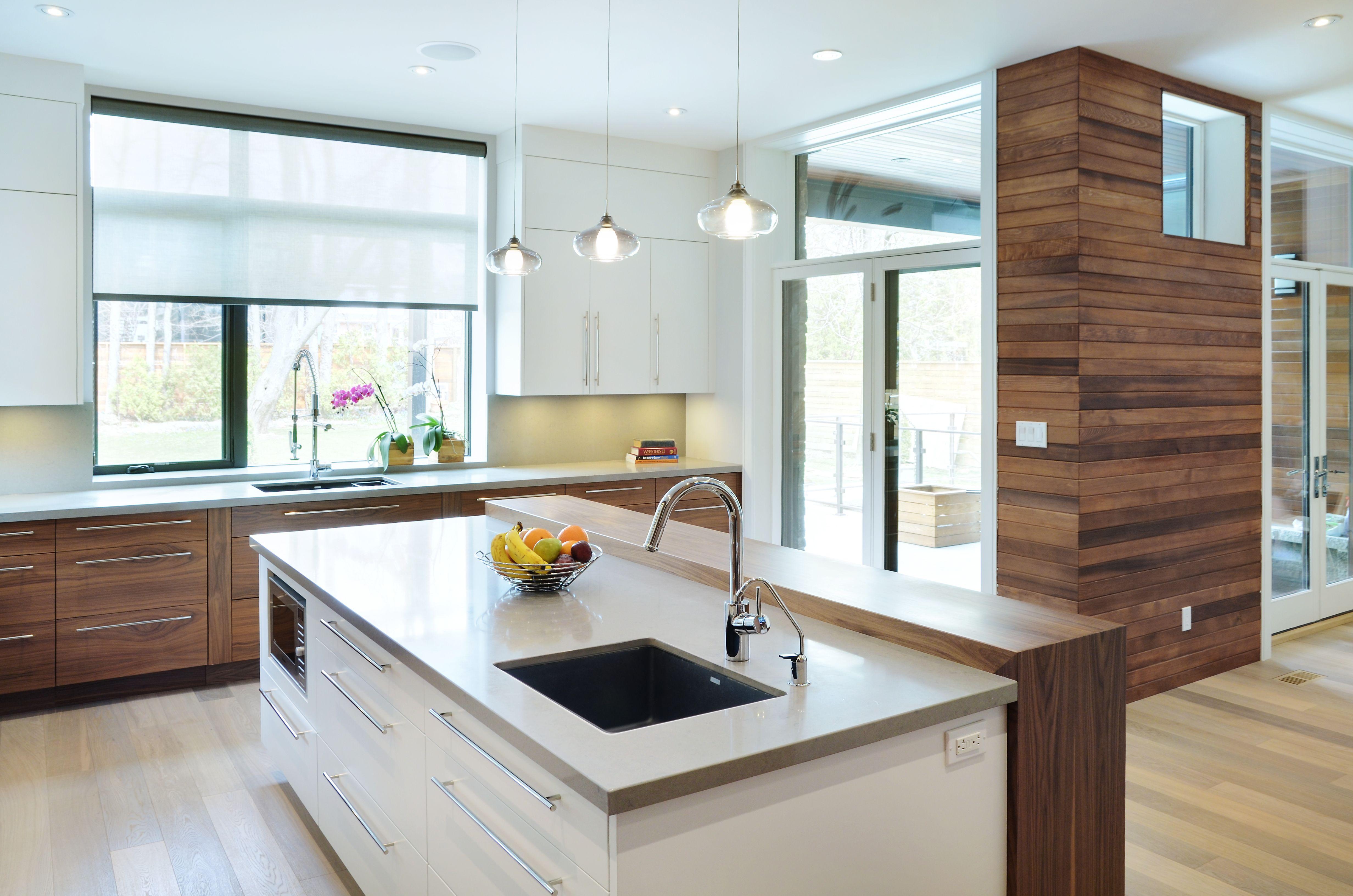 STAINED Slab style horizontal walnut veneer