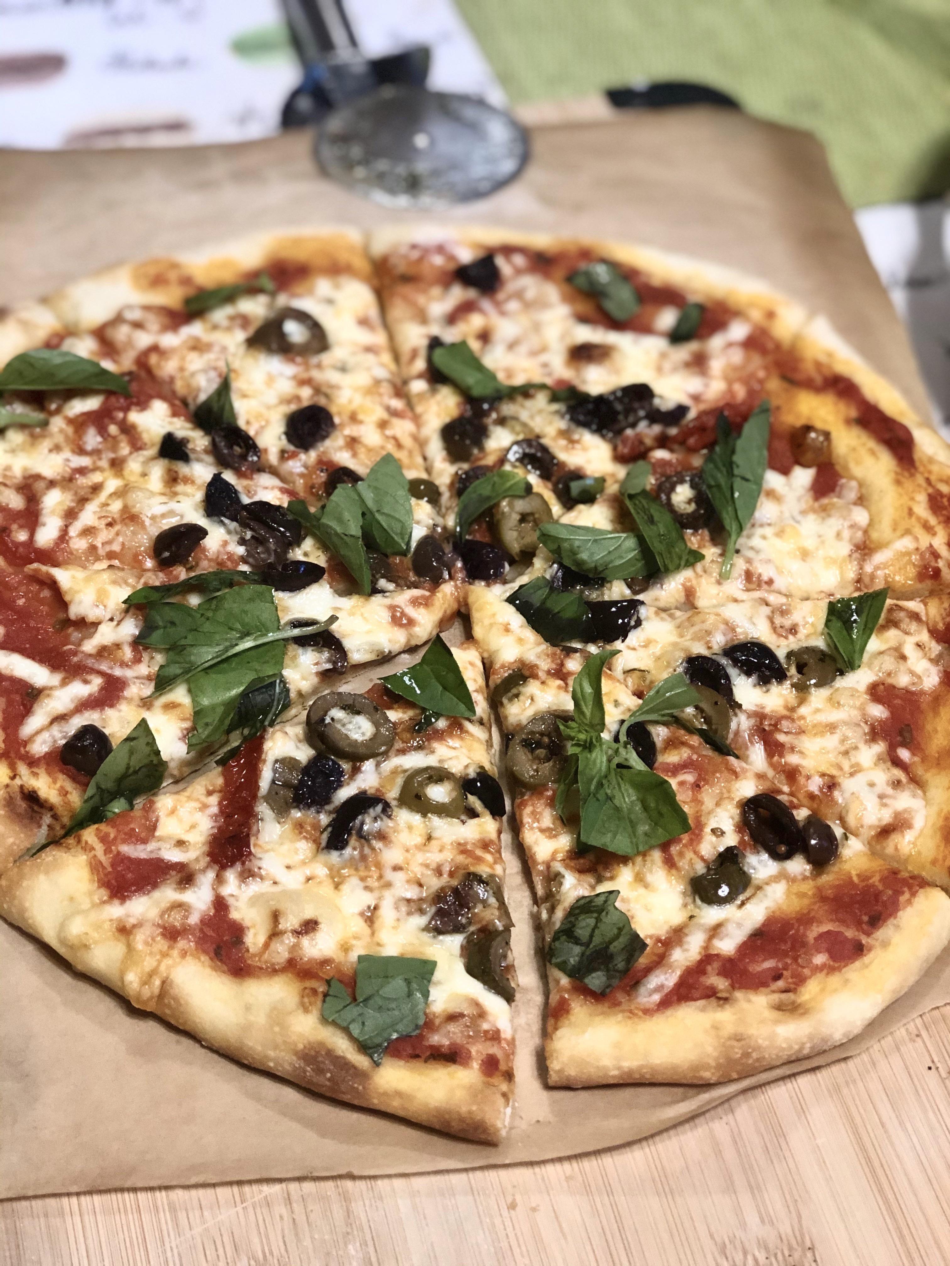 Habe letzte Woche meine erste Pizza gemacht! Ich sterbe, um es wieder zu machen! #Pizza #Pizzas #food # …  – Pizza