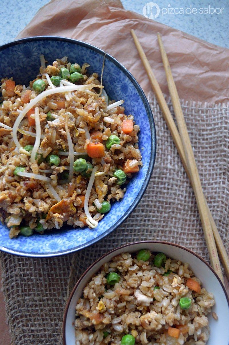 Cómo Hacer Arroz Frito Con Arroz Integral Pizca De Sabor China Food Vegetarian Recipes Food