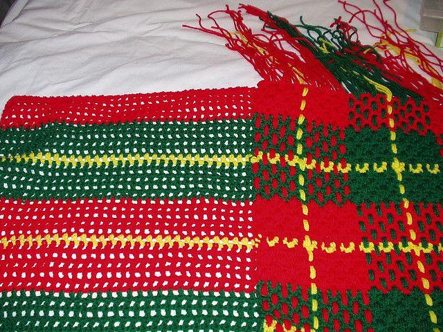 CHRISTMAS PLAID afghan | Pinterest | Decken und Handarbeiten