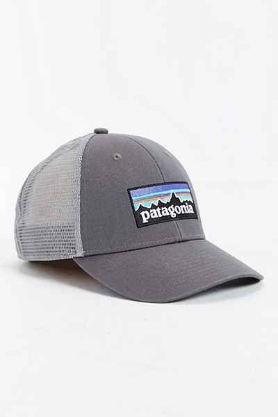 Patagonia P-6 Trucker Hat  60c4d18b264