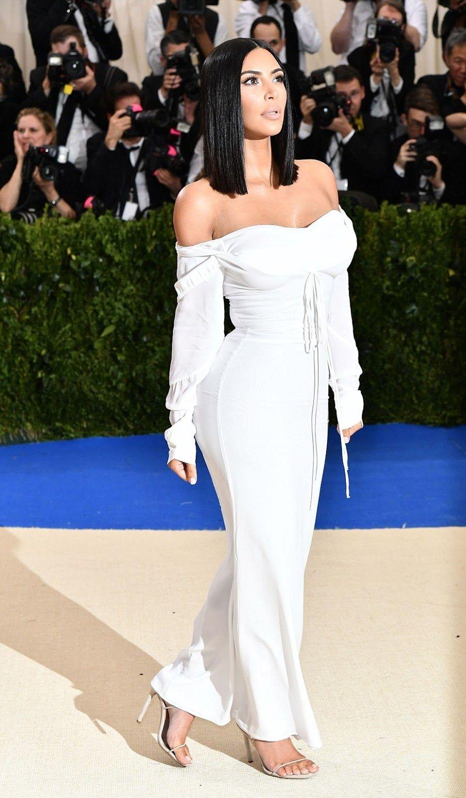 f75c3dddfdb Kim Kardashian SIMPLE For Met Gala