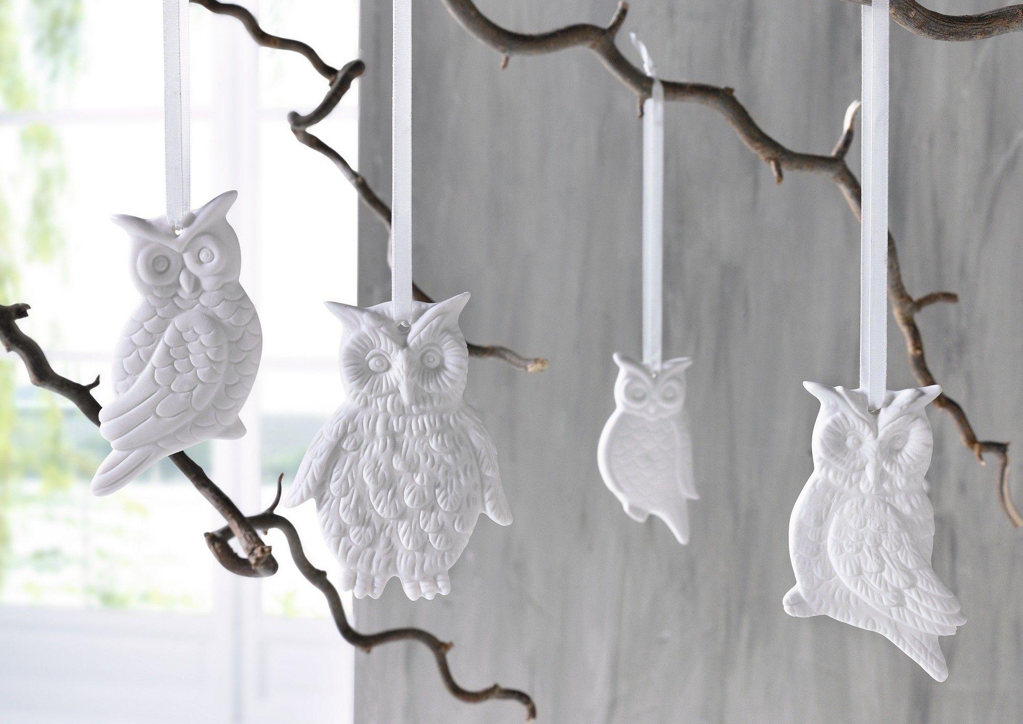 deko h nger eule 4er set porzellan in mattem wei. Black Bedroom Furniture Sets. Home Design Ideas