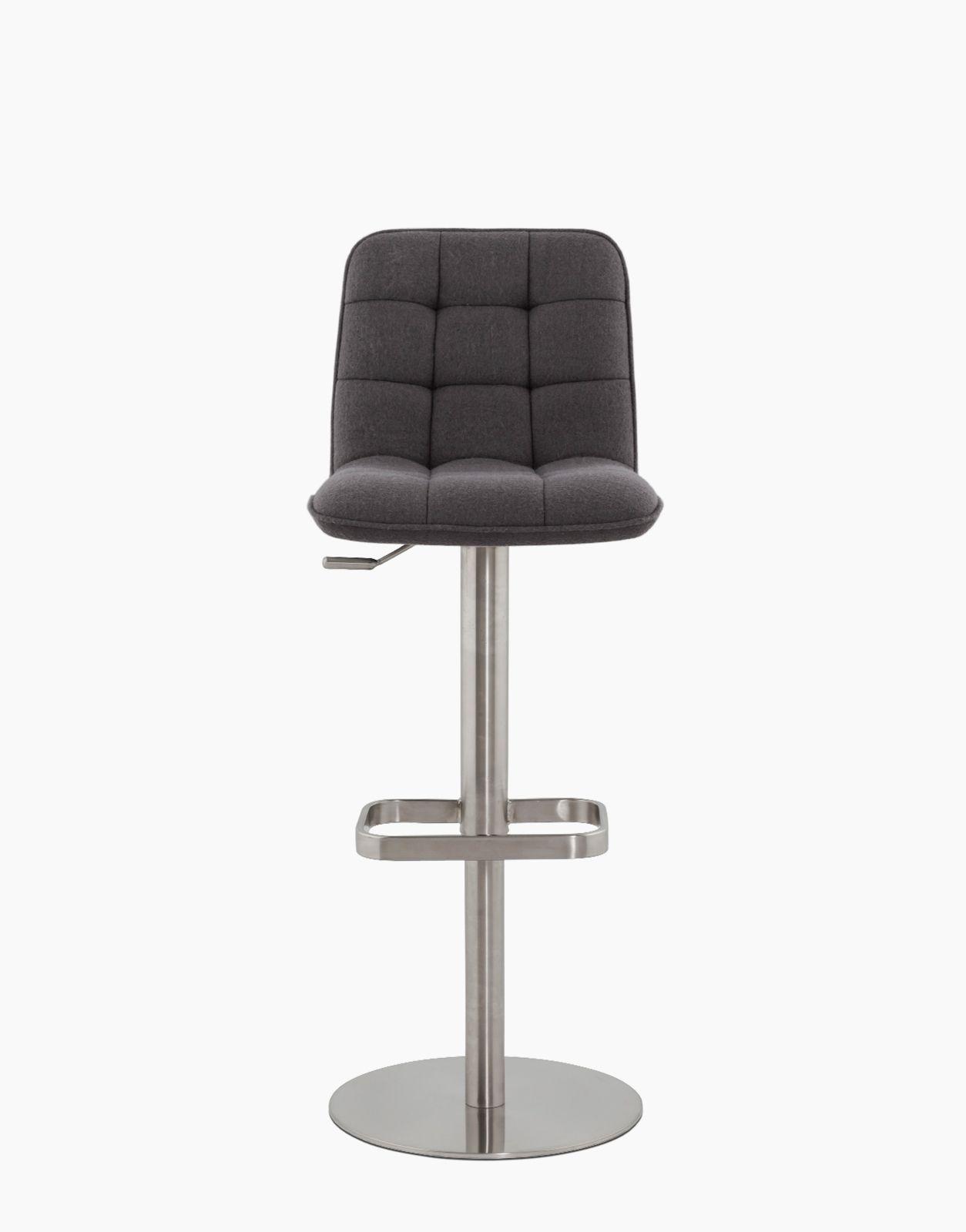 Epingle Par Solution Design Sur Produits Sur Solution Design Fr Tabouret De Bar Decoration Design Kokoon Design