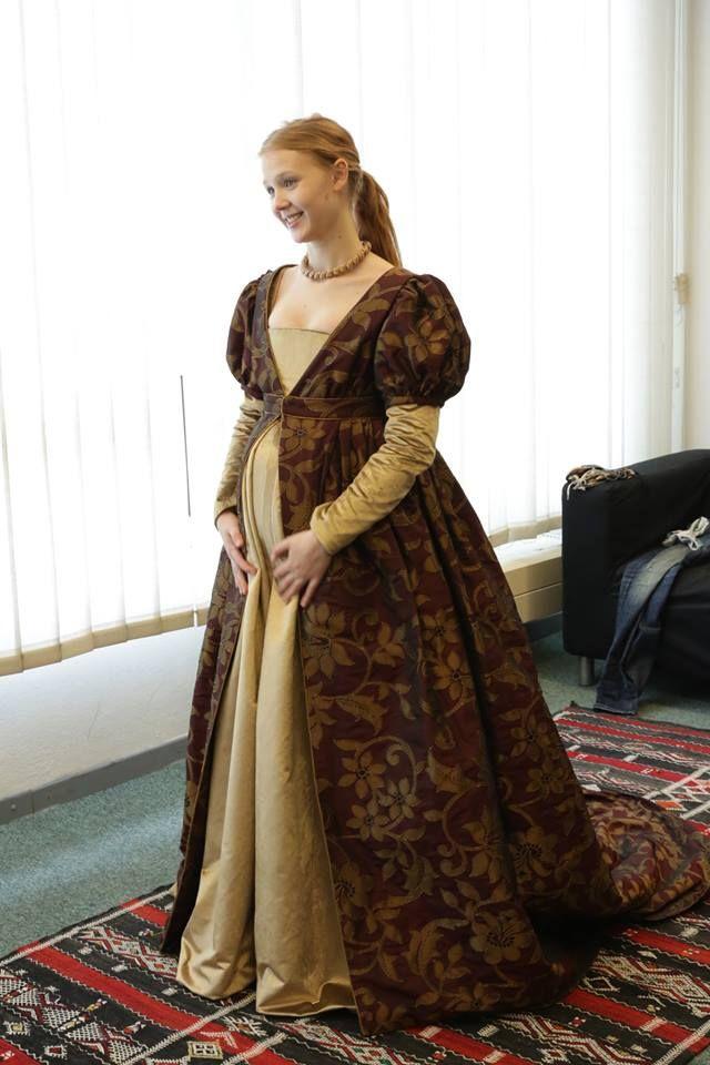Isolda Dychauk Borgia season 2 backstage | Historical Sewing ...